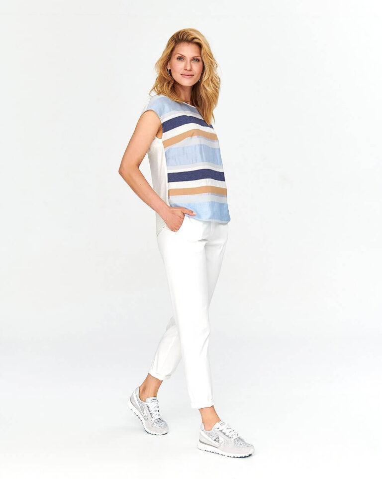 Bluză cu dungi orizontale multicolore
