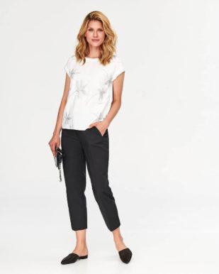 Bluză crem din bumbac cu aplicație florală